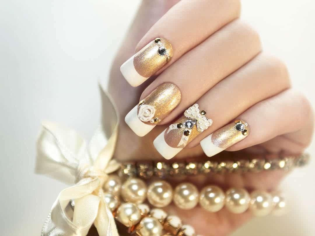 Hybrid nail enhancements course